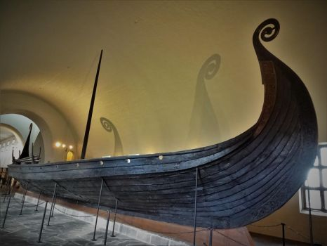 Almighty Viking Ship by cheese6623