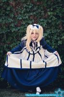 +Alois+ - Curtsy My Dear by Velours-Requiem