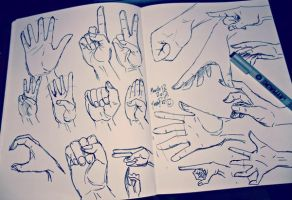 Hand Practice by YamPuff