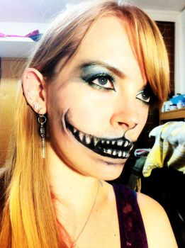 Cheshire Cat Makeup by arseniic