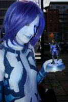 Cortana and holo Chief by stacey-shikon-uk