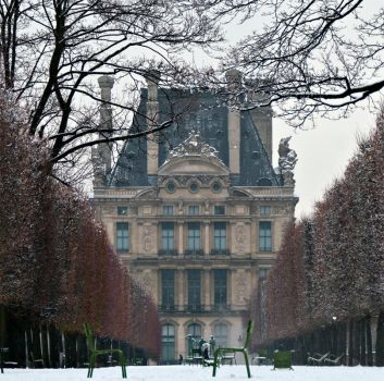 Louvre en Hiver by Anantaphoto