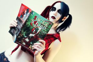 Harley reading Harley by Stephanie-van-Rijn