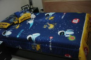 WALL-E bed by A01087379