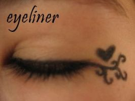 eyeliner by typicallyxironic