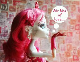 Air kiss of love by ItSurroundsMe