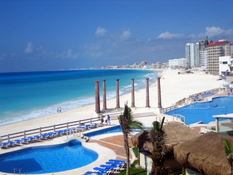 Cancun Beach Shot from Hotel by rEvolve1845