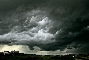 storm outside by Ditze