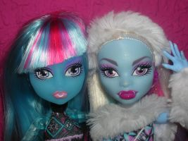 Sisters 4ever by fanmonsterhigh