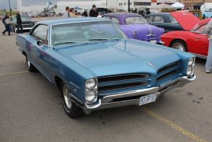 Another Canadian Pontiac by KyleAndTheClassics