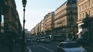 Busy Paris Steet by MeckanicalMind