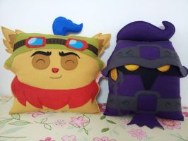 League of Legends Teemo and Veigar Pillow Set by RbitencourtUSA