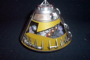 Monogram 1/32 Apollo 8 CM by HDorsettcase