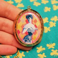 Victorian Glam Locket Necklace by asunder