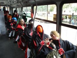 Akatsuki in bus by synthesys