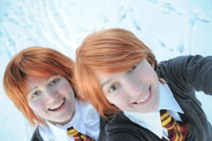 Fred and George Weasley by SilverGrayDash