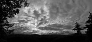 Black and White Skyline Pano by FOTOSHOPIC
