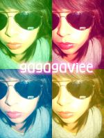 i :D by GaGaGaviee