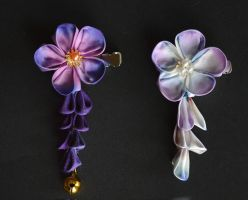 Royal Purple silk kanzashi with single shidare. by hanatsukuri