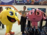 MGW 2014: Me, Pac-Man and Cylindria by alvarobmk123