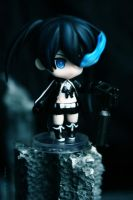 Black Rock Shooter Waiting by jen-den1