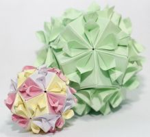 kusudama kiss of sakura by leezarainboeveins