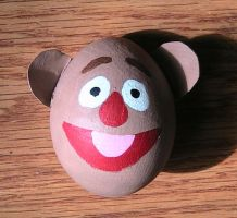Fozzie Bear Easter Egg by aynrkey