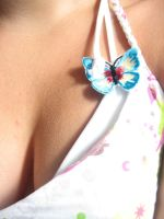 Little butterfly on the should by Coeur-Sans-Cible