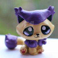 Delcatty inspired Littlest Pet Shop custom by pia-chu