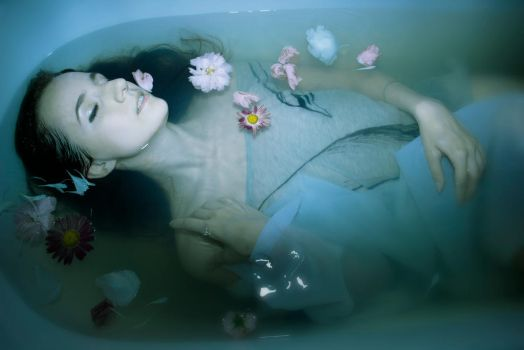Drowned 2 by Mersi-Shelly