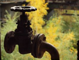 Rusted Faucet Bokeh 01 by tmfNeurodancer