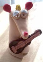 Mouse with guitar by Ewanecka