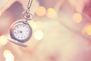 As time passes by... by MushroomPhotographie