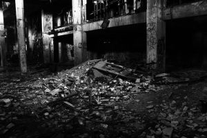 Decay by Renard47