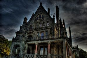 Craigdarroch Castle HDR by vazagothic