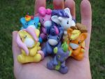 Hand Full of Friendship by PoniesOfDOOOM