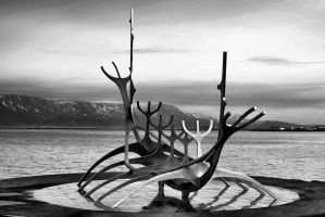 sun voyager by Creative-Lines