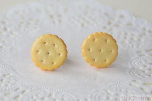 Biscuit Ear studs by Unicharms