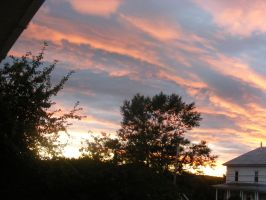 aug 5th sunset 2 by BlueIvyViolet