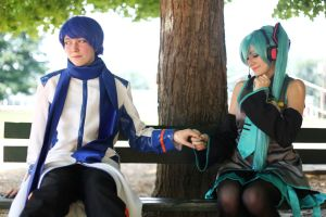 Vocaloid- Happy Just Like This by XxNaomi-LukarixX