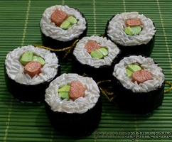 Sushi Ornaments-tuna maki- by MorganCrone