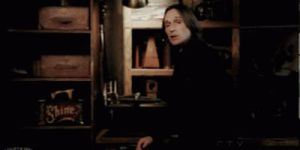 Belle finds Mr Gold in Storybrooke by Kayleyn