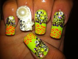 3-D nail art by pierrettepaola