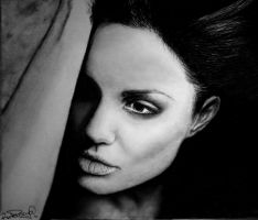 Angelina Jolie by RutePascoal