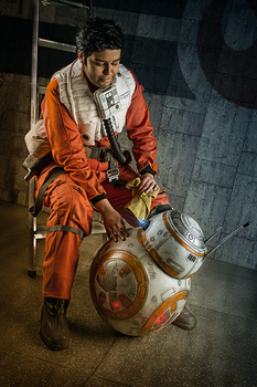 Star Wars - Poe Dameron Cosplay and BB-8 by zahnpasta