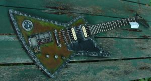 New pic of Steampunk guitar by Warriors1stBN