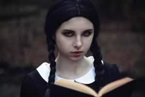 Wednesday Addams by lightlanaskywalker