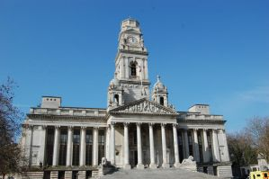 Portsmouth Guildhall by Faceler