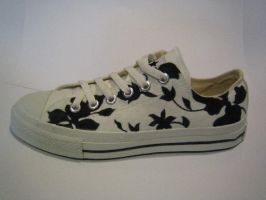B and W flowery shoe by sigma19