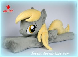 My Little Pony - Derpy Hooves - Lying Plush by Lavim